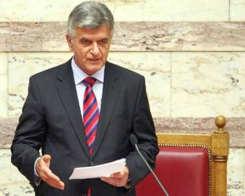 Reuters: Συμφωνία ΠΑΣΟΚ – ΝΔ για Πετσάλνικο