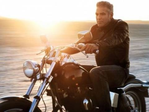 Ο Τζορτζ Κλούνεϊ easy rider στο Rolling Stone