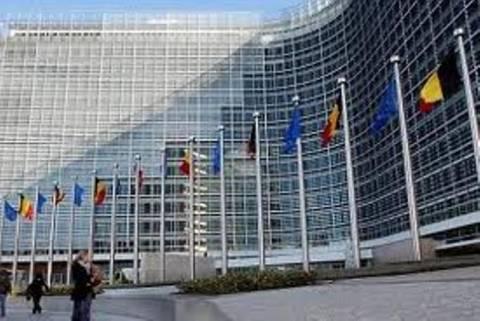 Ύφεση στην ευρωζώνη προβλέπει η ΕΕ