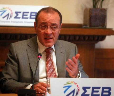 ΣΕΒ:Τελευταία ελπίδα η κυβέρνηση Παπαδήμου