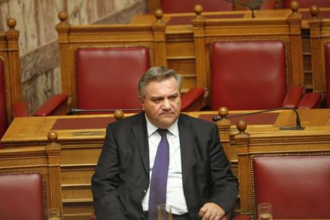«Καρφιά» Καστανίδη για την απομάκρυνσή του από την κυβέρνηση