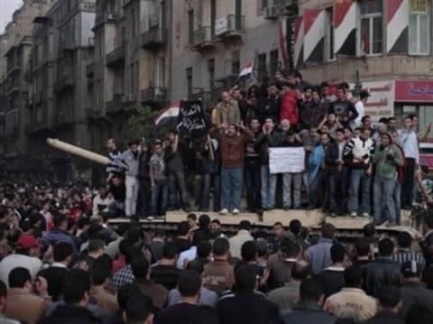 Τη «σφαγή» στην πλατεία Ταχίρ καταγγέλλει ο Ελ Μπαραντέι