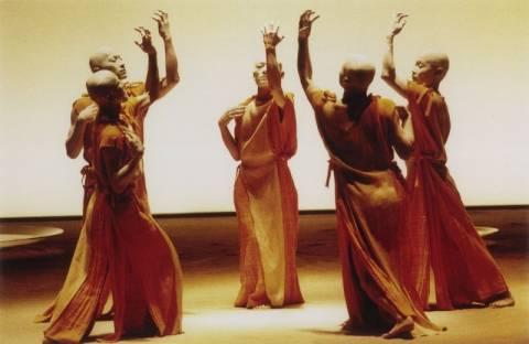Sankai Juku: η ιαπωνική ομάδα χορού στο θέατρο Παλλάς