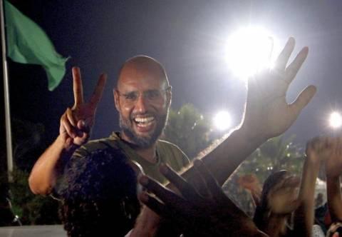 Κριτική σε βρετανικό πανεπιστήμιο για τη σχέση του με τον Καντάφι
