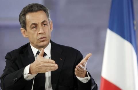 «Αγώνας δρόμου» οκτώ ημερών για τη διάσωση του ευρώ