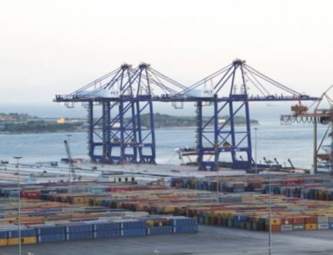 ΔΝΕ : Πλήγμα για τις εξαγωγές η απεργία των τελωνειακών