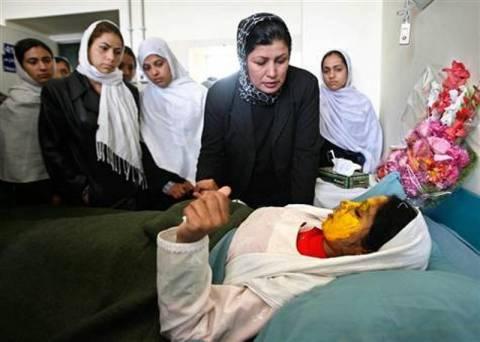 Αφγανιστάν: Έριξαν οξύ στα πρόσωπα 3 κοριτσιών