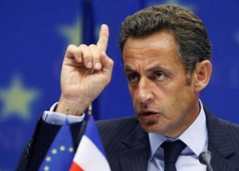 Σαρκοζί: «Προσπάθεια για διάσωση του Ευρώ από τις 17 χώρες»