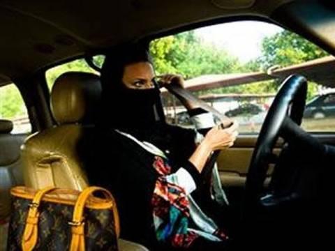 Σούρα :Η γυναικεία οδήγηση θα φέρει πορνεία στη χώρα