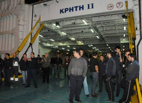 Συρρικνώθηκε ο αριθμός των Ελλήνων ναυτεργατών