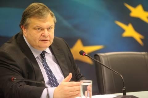 Βενιζέλος: Ανοιχτό το ενδεχόμενο νέων μέτρων το 2012