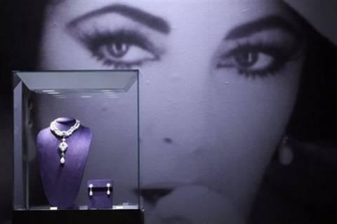 Τα κοσμήματα της Ελίζαμπεθ Τέιλορ σε δημοπρασία