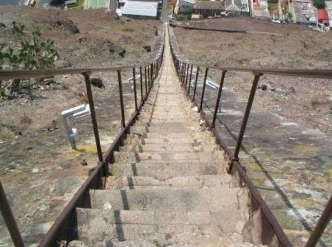 Η πιο απότομη σκάλα στον κόσμο!
