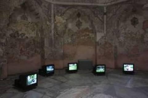 Αυλαία στην 3η Μπιενάλε Σύγχρονης Τέχνης