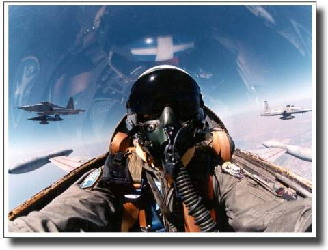 Xωρίς δώρο Χριστουγέννων οι πιλότοι της Πολεμικής Αεροπορίας