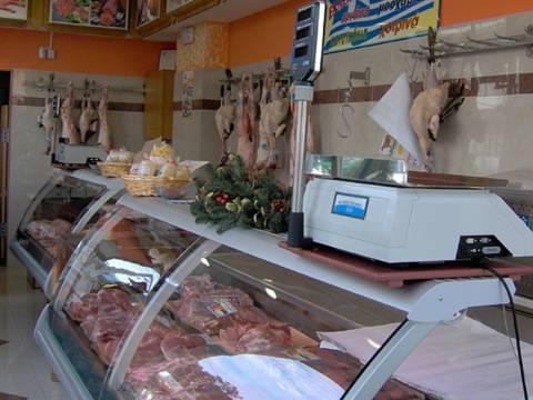 «Χτύπησαν» κρεοπωλείο στις Αχαρνές