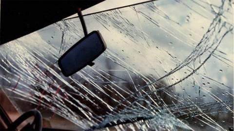Βουτιά θανάτου με το αυτοκίνητο – Νεκρός οδηγός, σοβαρά συνοδηγός