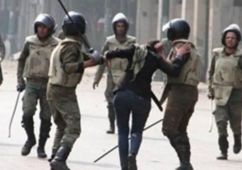 Οι δυνάμεις ασφαλείας της Αιγύπτου  χτυπούν ανελέητα τους διαδηλωτές