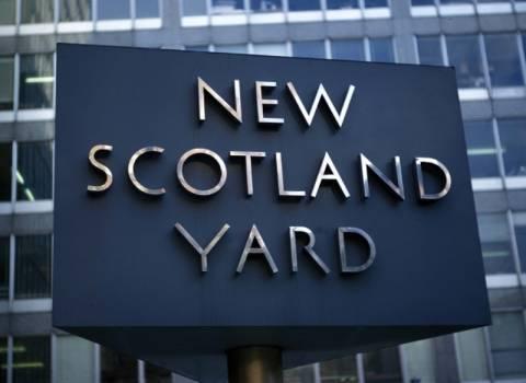 Oχτώ ερωμένες αστυνομικών μηνύουν την Scotland Yard