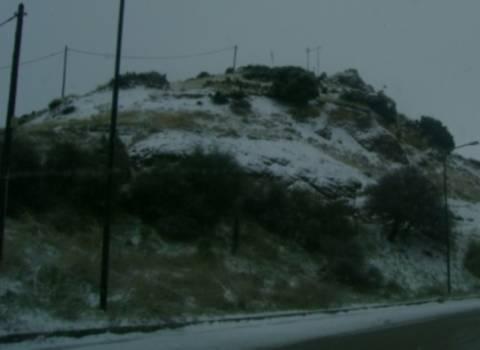 Έντονη χιονόπτωση  τώρα στο Δομοκό