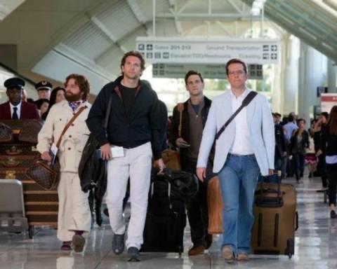Μήνυση της Louis Vuitton για την τσάντα του Γαλυφιανάκη!