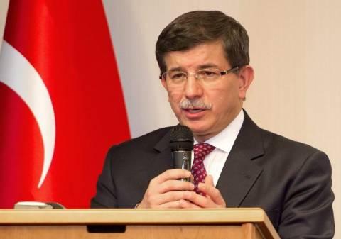 Νταβούτογλου: «Και οι Έλληνες ανήκουν στην τουρκική διασπορά»