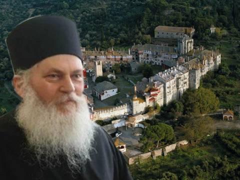 Παραμένει «φυλακισμένος» στην Μονή ο Εφραίμ