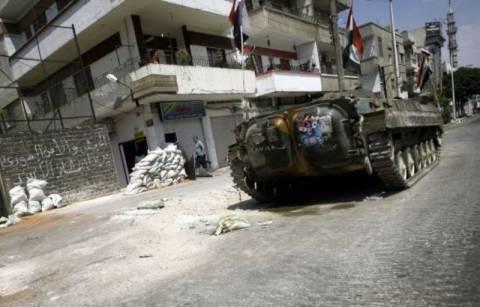 Συνεχίζεται η αιματοχυσία στη Χομς