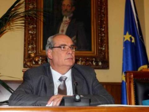 Κόντρα Μιχαλολιάκου - Κυβέρνησης για το λιμάνι Πειραιά