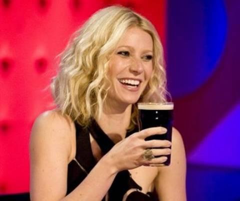 Η Gwyneth Paltrow δίνει συμβουλές για το hangover