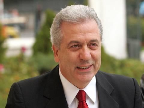 Στα…τουρκικά ευχήθηκε ο Αβραμόπουλος στο Νταβούτογλου
