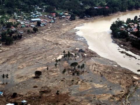 Aσθένειες έφεραν  οι πλημμύρες στις Φιλιππίνες