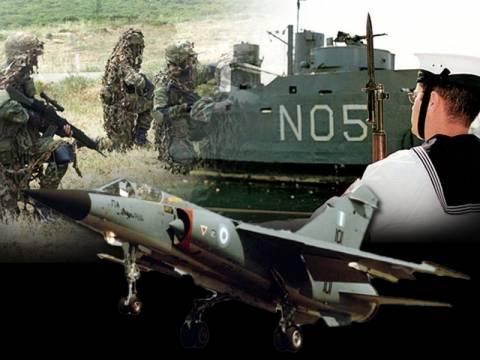 Αυξάνεται τρεις μήνες η στρατιωτική θητεία