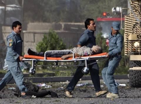 Πέντε νεκροί από επίθεση αυτοκτονίας στο Αφγανιστάν