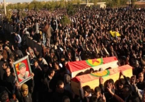 Η Τουρκία καταβάλλει αποζημιώσεις στις οικογένειες των Κούρδων