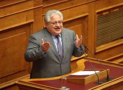 ΝΔ: Να διαλευκανθούν οι αιτίες παραίτησης Μουζακίτη-Πεπόνη