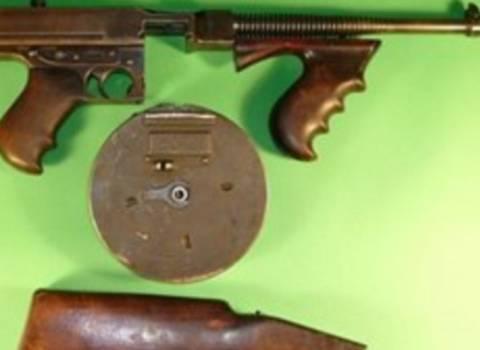«Στο σφυρί» τα όπλα των Μπόνι και Κλάιντ