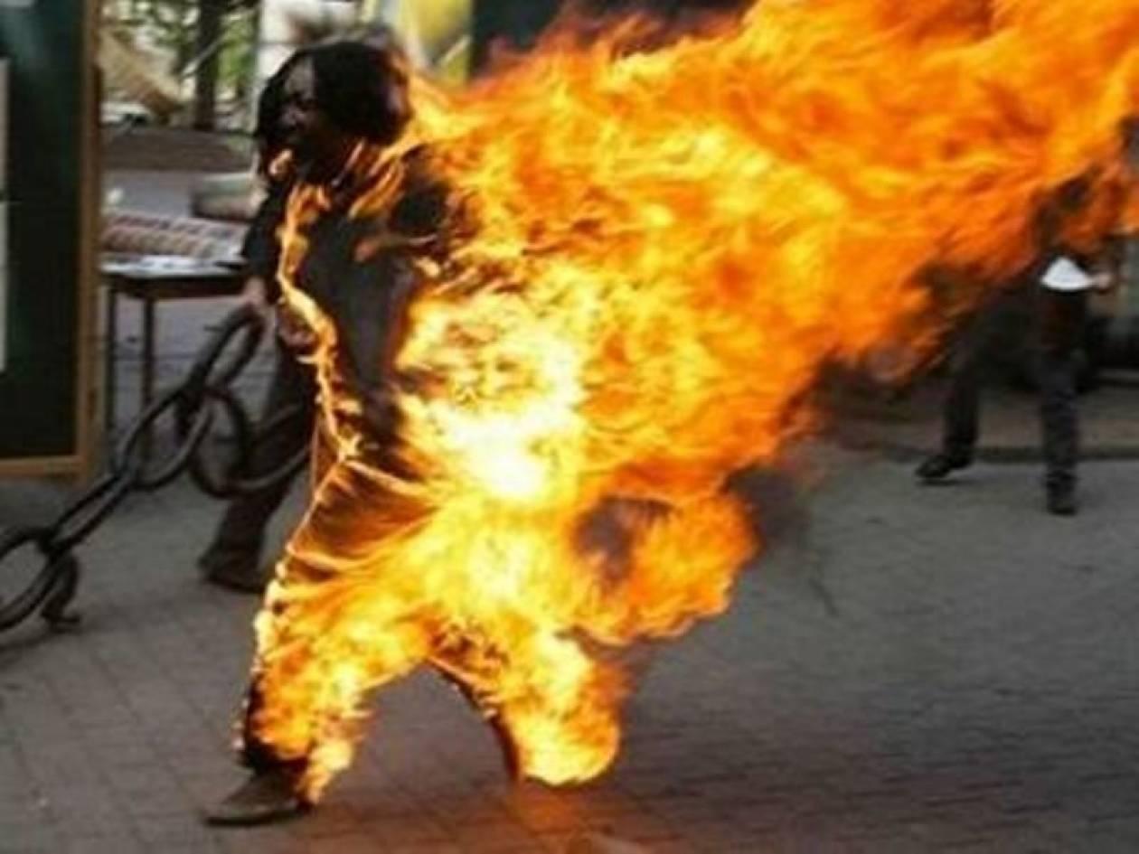 Τυνήσιος αυτοπυρπολήθηκε στην πόλη Γκάφσα