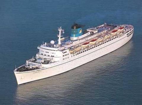 Σε ακινησία τα επιβατηγά πλοία λόγω κρίσης
