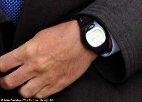 Ποιος δισεκατομμυριούχος φορά φτηνιάρικο ρολόι;