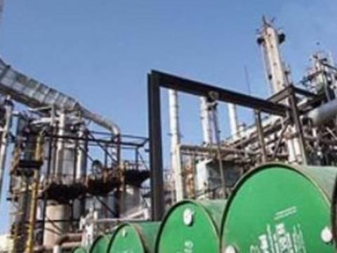 Η ΕΕ επέβαλε εμπάργκο στο ιρανικό πετρέλαιο