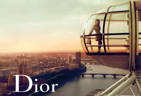 Κάτι τρέχει με τον Dior