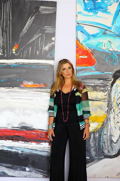 Η Ελληνίδα που ξεπερνά τα στενά όρια της «γυναίκας – ζωγράφου»