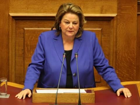 Λ. Κατσέλη: Πρώτα συζήτηση στη Βουλή, μετά συμφωνία με τους εταίρους