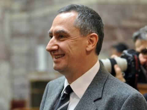 Γ. Μιχελάκης: Ο Σαμαράς δεν συζητά κατάργηση 13ου και 14ου μισθού