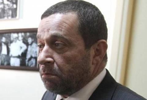 Δημοψήφισμα για το Κυπριακό προτείνει ο Ντενκτάς