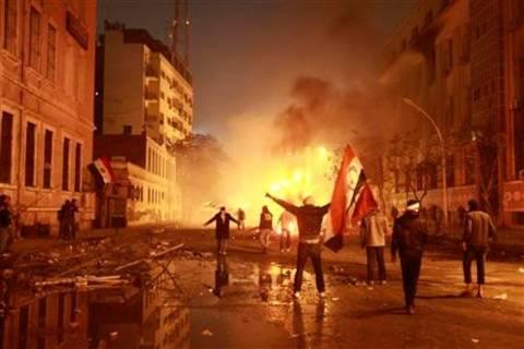 Πλιάτσικο και καταστροφές στην πρεσβεία της Συρίας στο Κάιρο