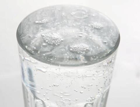 Πίνουν μολυσμένο νερό