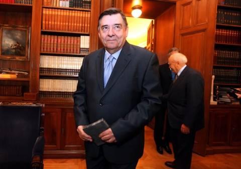 Στην διάθεση Παπαδήμου οι παραιτήσεις των υπουργών του ΛΑΟΣ