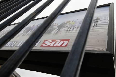 Συλλήψεις δημοσιογράφων της βρετανικής Sun